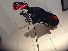 Full set Confidence golf clubs and bag Altona Meadows Hobsons Bay Area Preview