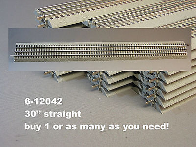 LIONEL FASTRACK 30 INCH STRAIGHT train fast track long gauge 3 rail 6-12042 NEW