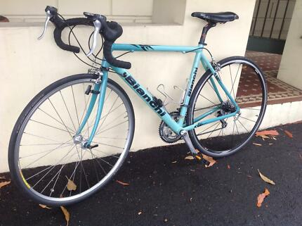Bianchi Road Bike Port Melbourne Port Phillip Preview