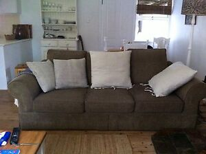 FREE!! Great Lounge in Great condition! FREE!!! Avalon Pittwater Area Preview