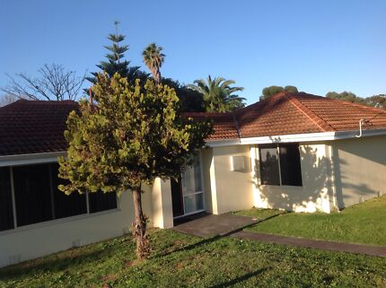 4x1 HOUSE IN DUNCRAIG TO RENT Duncraig Joondalup Area Preview