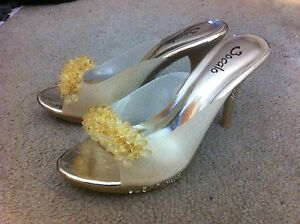 "Bocala 3"" Size 7 EXCLUSIVE Golden High Heels"