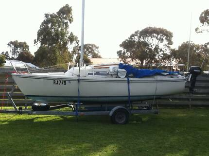 catalina 22 boomaroo trailer sailer