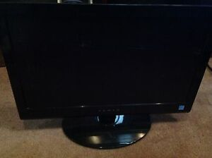"Fluid 22"" LCD 12v or 110v tv built in DVD player"