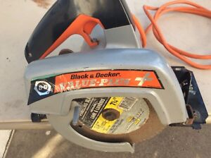 "Black & Decker 7 1/4"" Circular Saw"