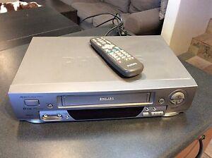Philips VR 588/75 VHS player Darlington Mundaring Area Preview