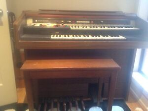 Electric organ Youngtown Launceston Area Preview