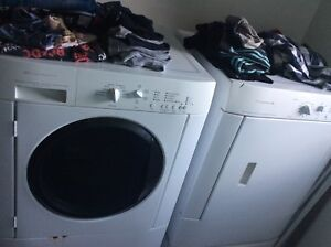 Frigidaire front load washer and dryer with pedestal