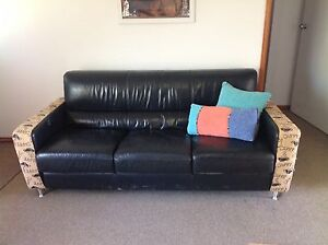 Lounge 2 + 3 seater black leather Cleveland Redland Area Preview