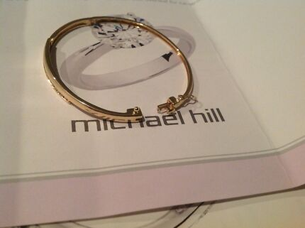 As New Michael hill 10ct yellow gold bangle with .50ct diamonds Rockingham Rockingham Area Preview