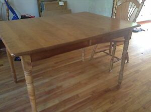 Bass River Table & 6 chairs dining set solid wood  gorgeous
