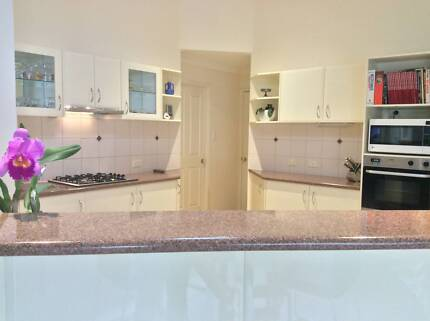 Large 2Pac Kitchen with Oven, Gas Cooktop and Range Hood for sale