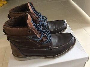 Size 9-10 Steve Madden Men's Boots  (Rarely Used)