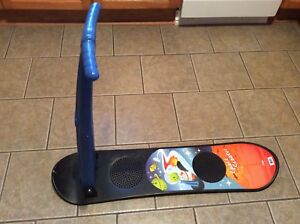 Child's snowboard/scooter board