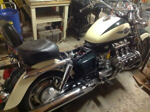 Wanted : Honda Valkyrie parts Standard Interstate .
