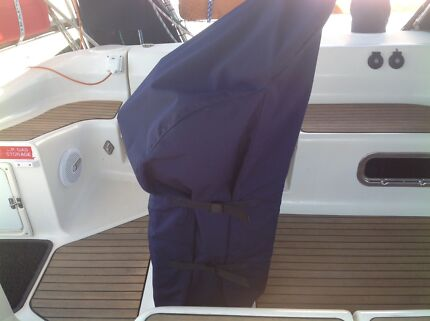 Helm station/Binnacle covers & Winch Coverz