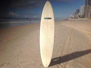 "7""4 PRO ELITE - MINI MAL SIZE, IDEAL LEARNERS TO INTERMEDIATE. Surfers Paradise Gold Coast City Preview"