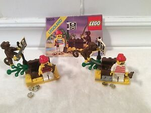 Retired Lego Pirate Sets 6235 and 1481