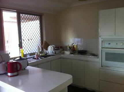 Great furnished rooms in Vic Park, 5 mins walk to train station