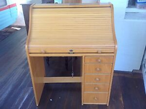 Retro vintage roll top desk with lockable drawers and key Victoria Park Victoria Park Area Preview