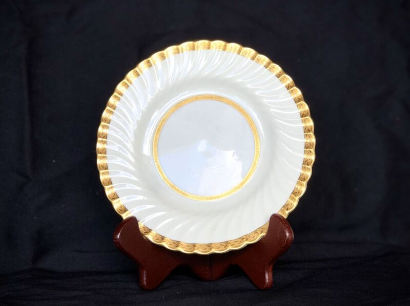 Set of 6 MINTON Dessert Plates EMBASSY #4987 White Fluted Gold Encrusted England