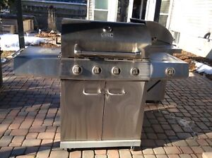 Stainless steel Propane barbecue with side burner