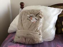 DRESSING GOWN (BRAND NEW) Terrigal Gosford Area Preview