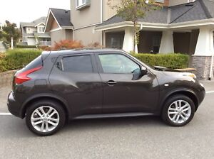 2013 Nissan Juke SL AWD Fully Loaded/Excellent Condition!