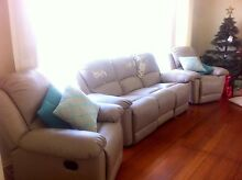 Beige/cream reclining lounge couches Glenroy Moreland Area Preview
