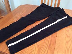 2 paires de pantalon taille basses 10 ans