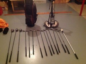 Spalding Tour Edition golf clubs, bag and cart