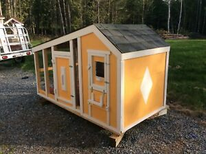 Small animal or chicken house