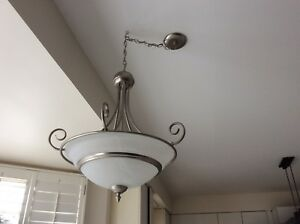 Chandelier excellent condition