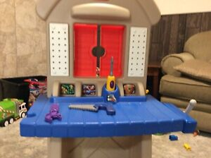 Little Tikes toolbench