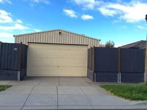 No bills. 4 Car Garage, large office, toilet, kitchenette. 110SQM Oakleigh Monash Area Preview