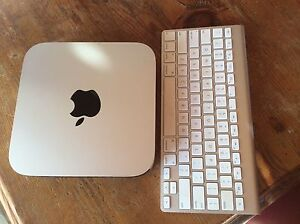 Mac Mini / i5 2.6Ghz / Late 2014 Model + wireless keyboard Ascot Vale Moonee Valley Preview