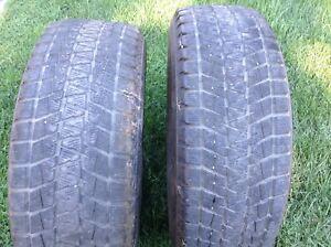2 pneus d'hiver Bridgestone Blizzak P275/65R18