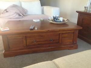 Dare Gallery Coffee Table Rose Bay Eastern Suburbs Preview