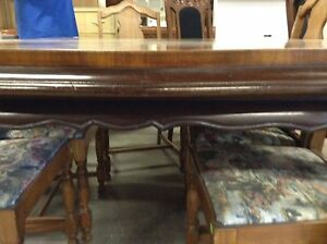 1850 French Victorian mahogany table Peterborough Peterborough Area image 3