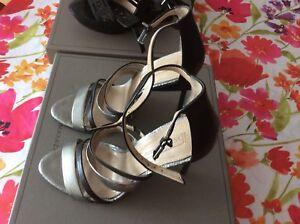 3 paires de Chaussures BCBG pointure 7
