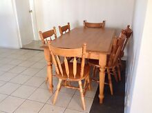 kitchen table and chairs Huntingdale Gosnells Area Preview