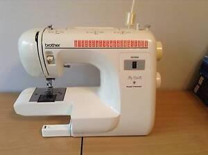Sewing Machine Dudley Park Mandurah Area Preview