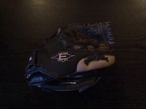 Easton t ball glove
