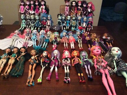 Monster high and various other dolls and items