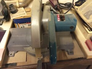 Makita 10in miter saw.