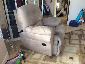 Recliner Couch and matching recliner chair