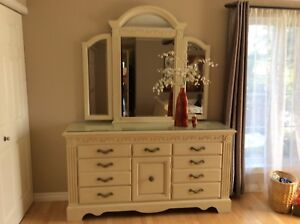 REDUCED !! Priced to sell - Beautiful Italian Dresser