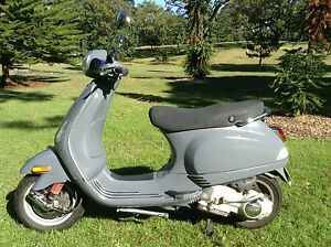 Vespa Lx 125 cc perfect  last week Centennial Park Eastern Suburbs Preview