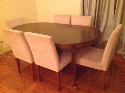 Berryman Extendable Dining Table + 8 chairs - PRICE REDUCED  Beecroft Hornsby Area Preview