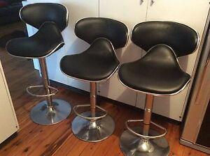 Bar Stools Set of 3 Adjustable height good condition. Albury Albury Area Preview